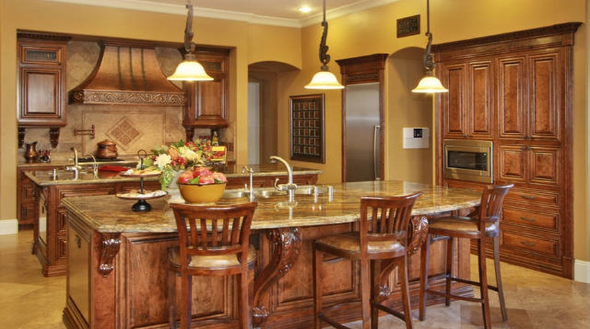 Del Mar Grand Estates Kitchen